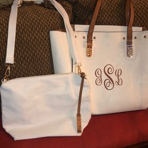 🆕 Large Tote with Matching Purse